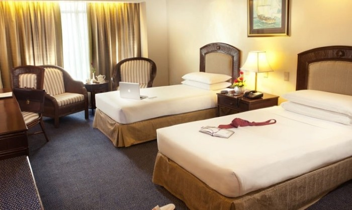 WF Superior-Room-twin-beds-min