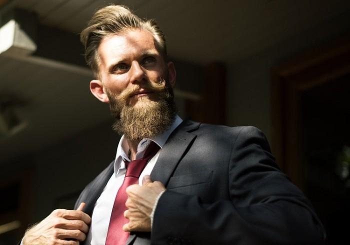 beard-2345810_1280-min