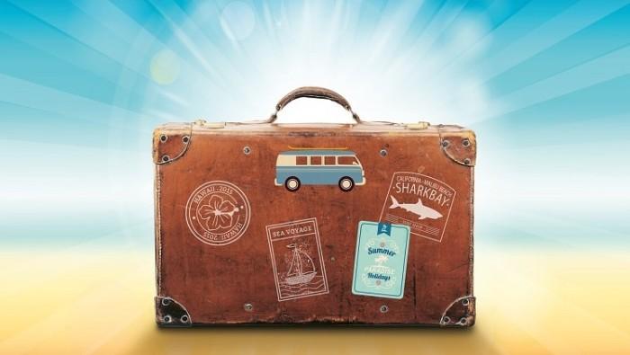 luggage-1149289_1280-min