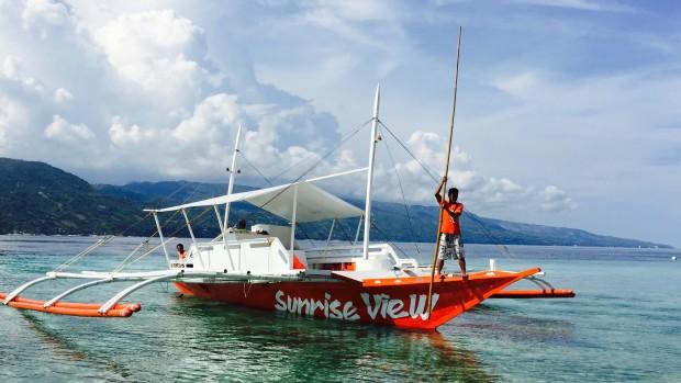 スミロンの海と船