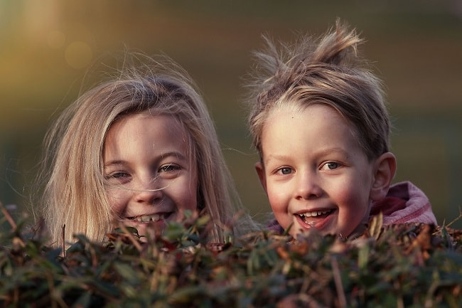 children-1879907_1280-min