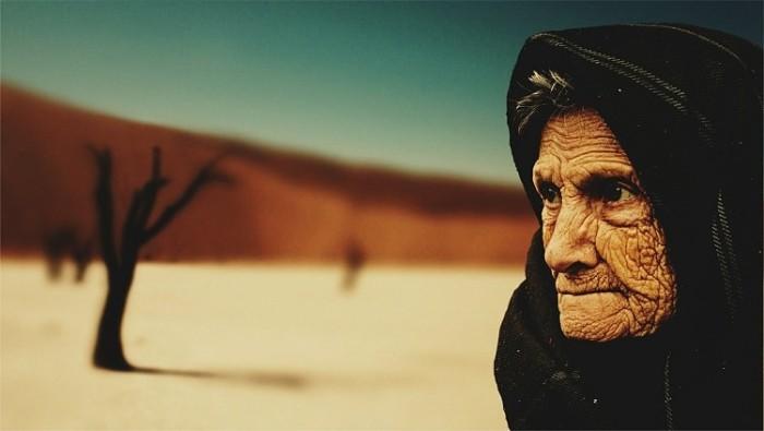 old-woman-574278_1280-min
