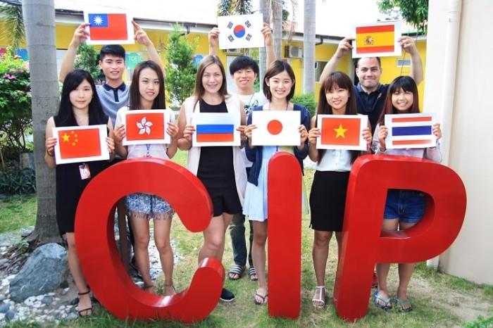CIP多国籍集合写真-min